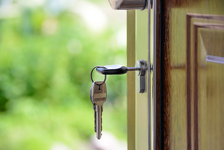 A2B Locks are able to provide local locksmiths in Streatham Hill to repair your broken locks.